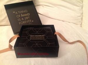 deauty-box-decembre-produits-reçus-blogueuse-revue-haul-a-thing-of-beauty-is-a-joy-forever-noeud-cadeau