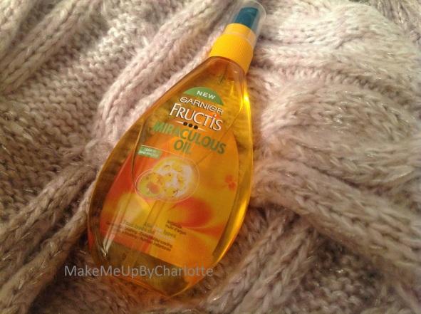 deauty-box-decembre-produits-reçus-blogueuse-revue-haul-a-thing-of-beauty-is-a-joy-forever-noeud-cadeau-ultra-doux-garnier-fructis-colorshow-maybelline-sampar-huile-cheveux-nourrissante