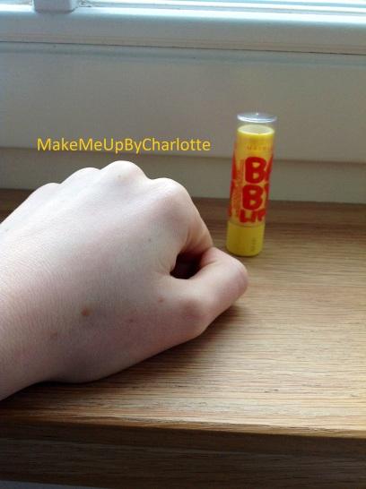 maybelline-baby-lips-avis-revue-les-meilleurs-cherry-menthe-pêche-kit-set-baumes-à-lèvres-colorés-hydratants-hydratation-intense-care-jaune