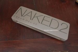 Naked 2 fermé