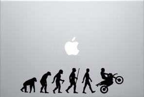idées-cadeaux-hommes-noel-cravate-coque-iphone-telephone-pas-cher-masculin-avis-autocollant-mac-sticker-evolution-humain