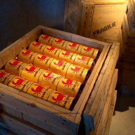Milou-tintin-train-world-exposition-schaerbeek-bruxelles-gare-temporaire-sncb-musee-hergé-avis-article-blogueuse-dessins-tag-statue-guichet-surprises-crabe-extra