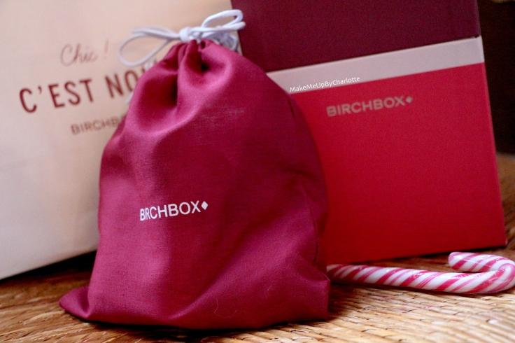 birchbox-chic-c-est-noel-decembre-2016-event-blogger-presse-marcelle-john-masters-organics-polaar-human+kind-loc-rangement-à-pinceaux-maquillage-candy-cane-canne-à-sucre-fêtes-idée-cadeau-box-blogueuse-revue-avis-produits-reçus-swatch-rouge-à-lèvres