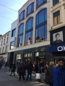 magasin-primark-chaussée-ixelles-rue-neuve-bruxelles-avis